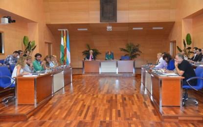 """El Pleno de Fuengirola aprueba por unanimidad la cofinanciación del programa de fomento del empleo """"Andalucía Orienta"""""""