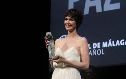 Paz Vega ilumina la Alfombra Roja y recibe el homenaje del Festival con el Premio Málaga