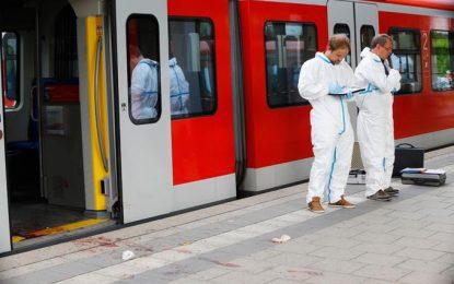 """Un atacante, que llevaba un hacha y un cuchillo al gritó """"Alá es grande"""" apuñala de gravedad a cuatro pasajeros de un tren en Alemania"""