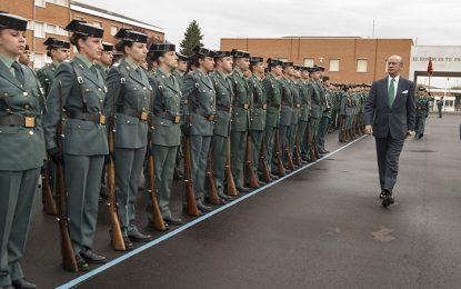 """El Director General de la Guardia Civil inaugura el curso académico en el Colegio de Guardias Jóvenes """"Duque de Ahumada"""""""