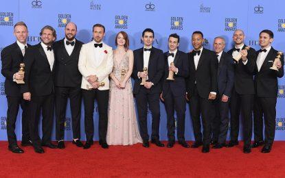 Moonlight ha ganado el Oscar a la mejor película tras un inimaginable error histórico de la Academia de Hollywood, que había otorgado en principio el premio a La la land