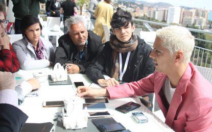 Las estrellas del primer largometraje de Eduardo Casanova conceden una entrevista a Malagaes