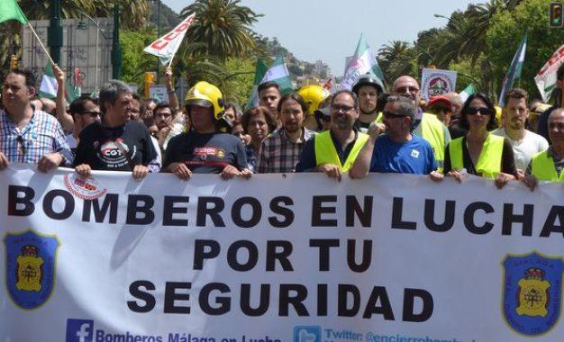 Los bomberos de Málaga llevan más de 100 días de encierro, en huelga indefinida