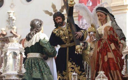 El Ayuntamiento de Málaga,  ha situado pasarelas para potenciar la accesibilidad y facilitar el paso de personas con diversidad funcional
