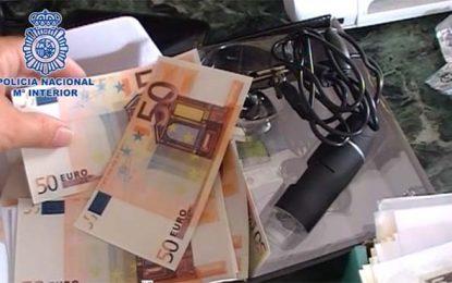 La policia nacional desmantela una imprenta dedicada a la falsificación de billetes e intervenido material para producir 1.275.000 euros